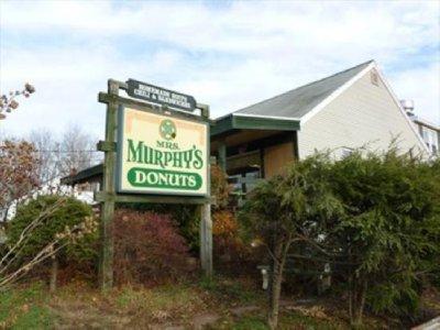 mrs-murphy-s-donuts.jpg