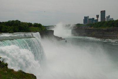 Niagara_ve_Kanada.jpg