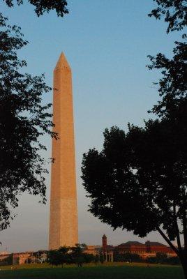 fallik_monument.jpg