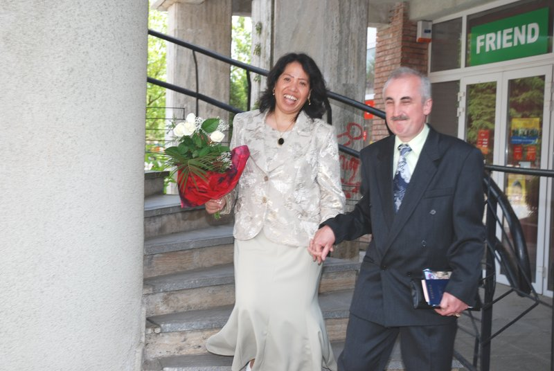 Simonette and Daniel Brebenariu on their Civil Wedding