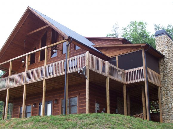 Bears Den Luxury Cabin Retreat