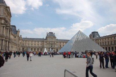 FRA165_Mus..__Paris.jpg