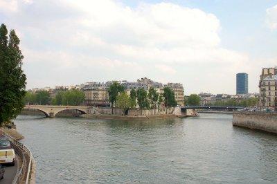 FRA187_Isl..__Paris.jpg