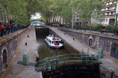 FRA223_Can..__Paris.jpg