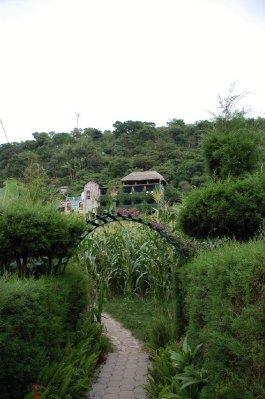 GUA362_Eco..Laguna_.jpg