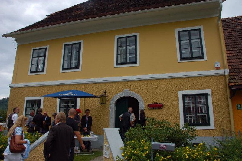 AUS517 Schwarzenegger Geburtshaus Museum, Thal