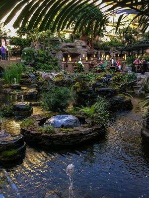 fountains in Opryland Resort