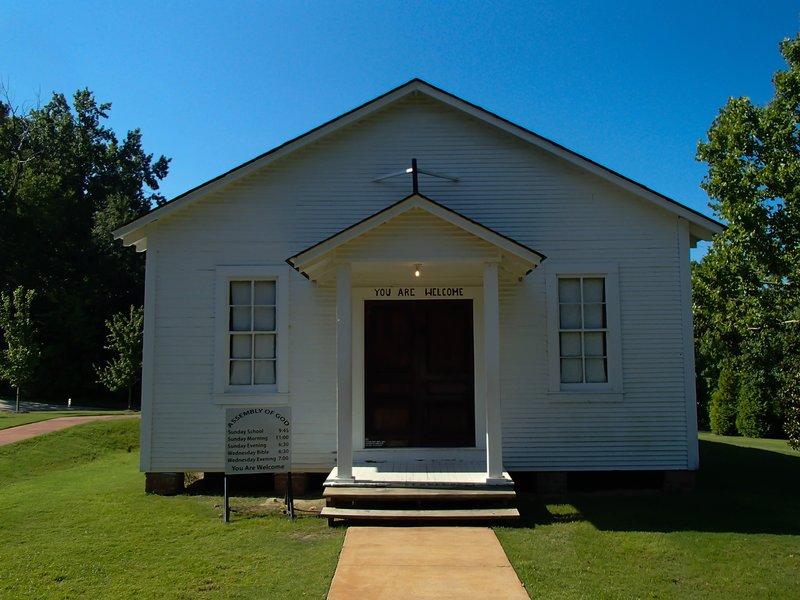 large_Elvis_church__1_of_1_.jpg