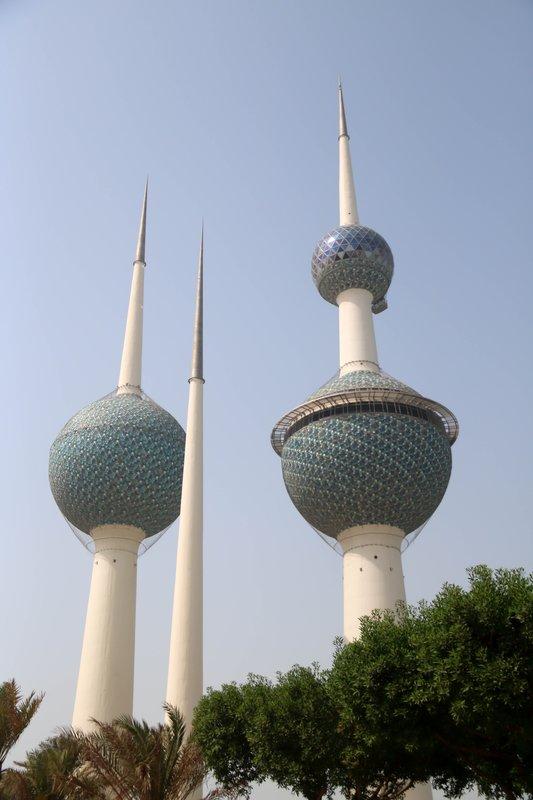 large_Kuwait_towers.jpg