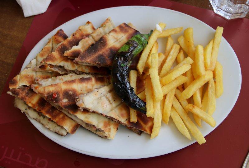 large_Kuwaiti_lunch.jpg
