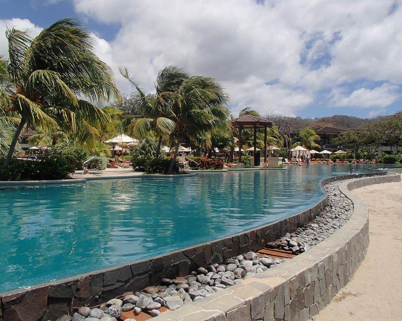 large_pools_of_Dreams_Resort.jpg