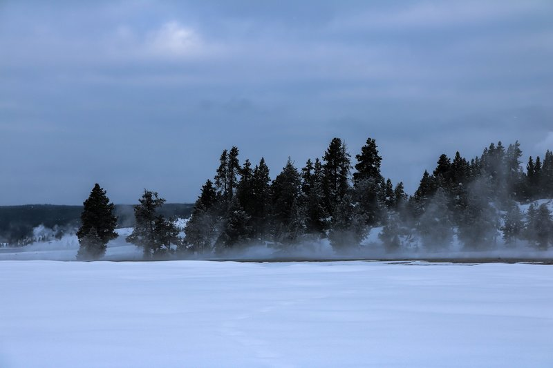 large_snow_and_steam__1_of_1_.jpg