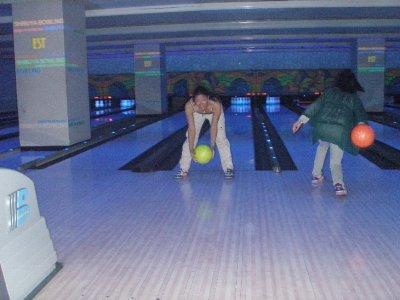 39-bowling2.jpg