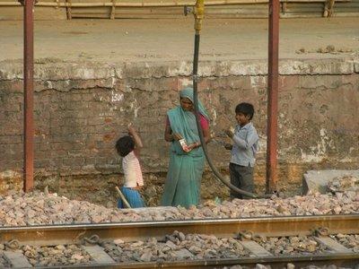 agra-kids-working.jpg