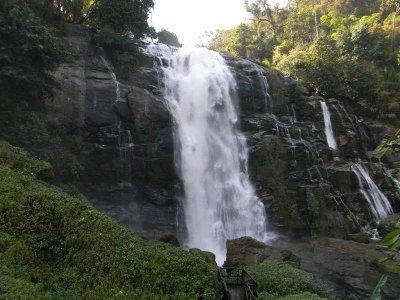 waterfall__Medium_.jpg