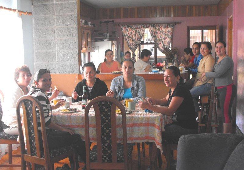 GUACIMA homestay family