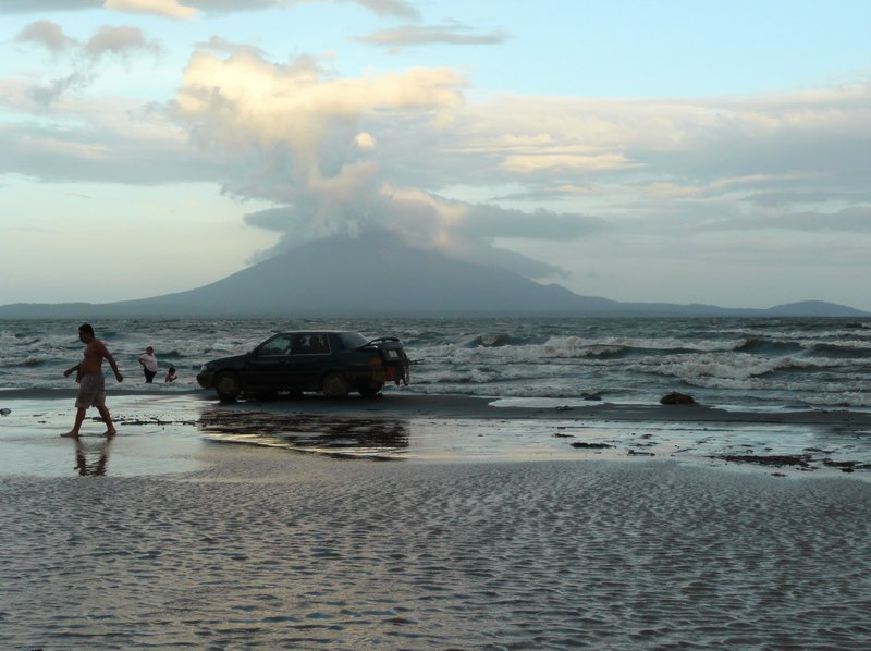 looking to ometepe