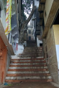 sludge coming down from staircase varanasi