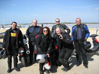 jerez_motorbike_team.jpg
