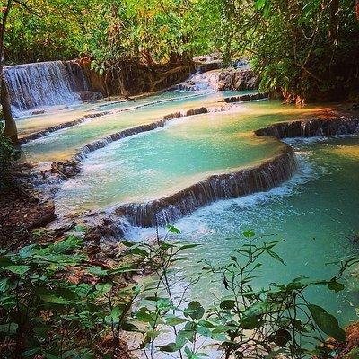 1_14254929..i-waterfall.jpg