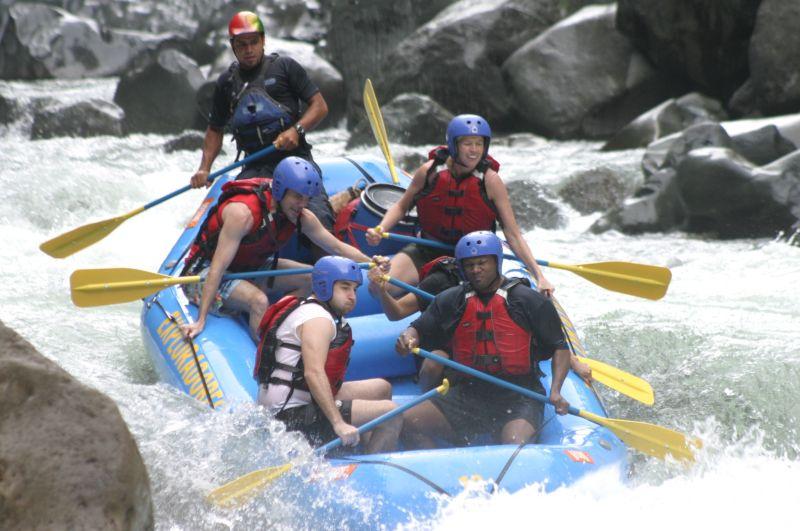 rafting 1.JPG
