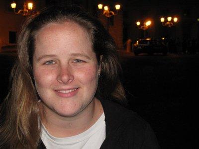 Robyn in a Piazza
