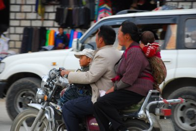 family on motorbike-Gyantse