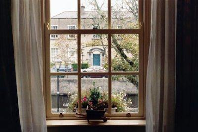 Ire_p4_02_Window_View.jpg