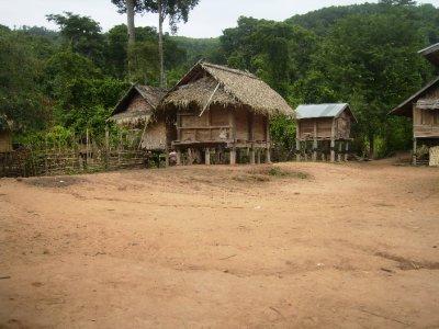 1081 Laos Lam Nam Tha - Nalan Village