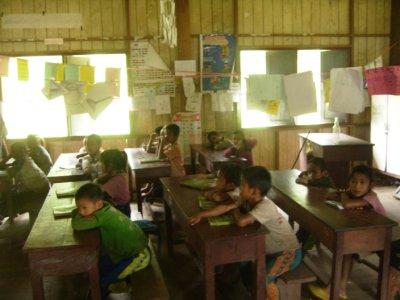 1084 Laos Lam Nam Tha - Nalan Village school