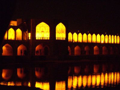 181 Iran Isfahan - Yet another pic of this bridge