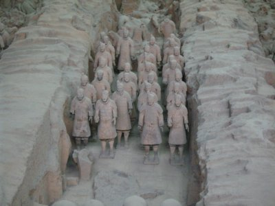 660 China Xian - Terracotta army tomb 1
