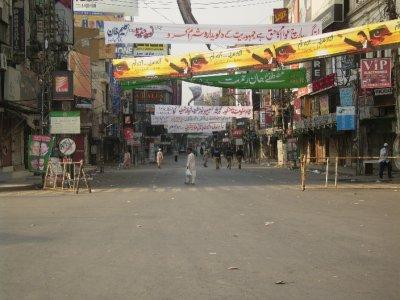 326 Pakistan Lahore - empty streets