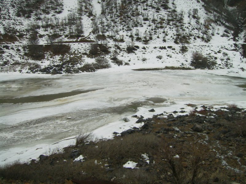 136 To Tehran - Frozen river in turkey
