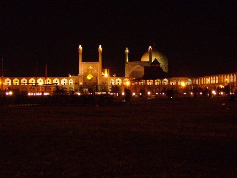 187 Iran Isfahan - Immam square at night
