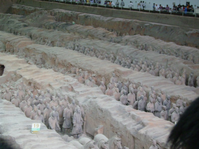 659 China Xian - Terracotta army tomb 2