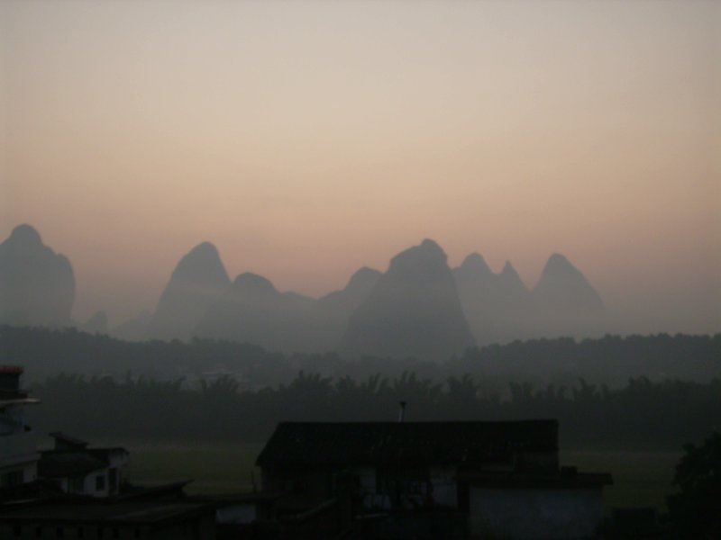 848 China Yangshuo - Sunrise