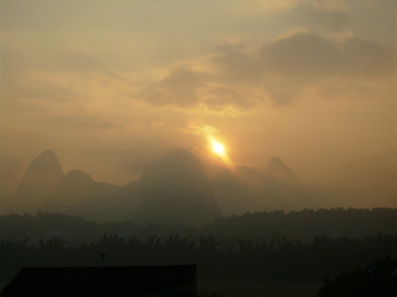 852 China Yangshuo - Sunrise