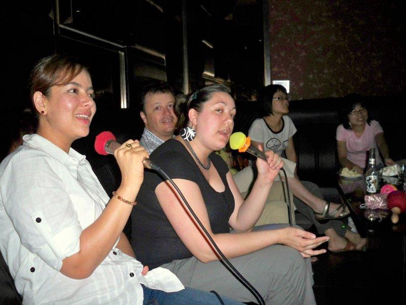 Karaoke madness!