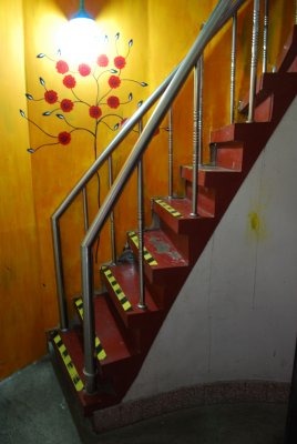 StairstoRoof.jpg