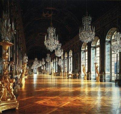 Versailles..mirrors.jpg