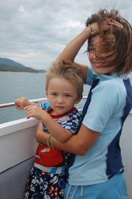 Chloe_and_..on_boat.jpg