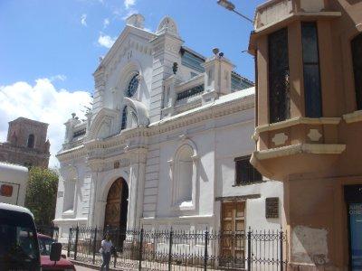 Cuenca_architecture.jpg