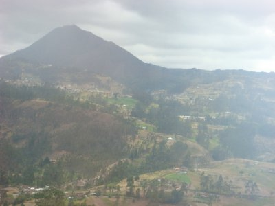 volcano_south_Ecuaodr.jpg