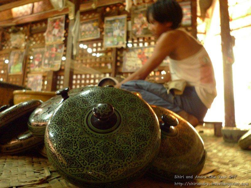 RTW--MYA-Bagan-pottery