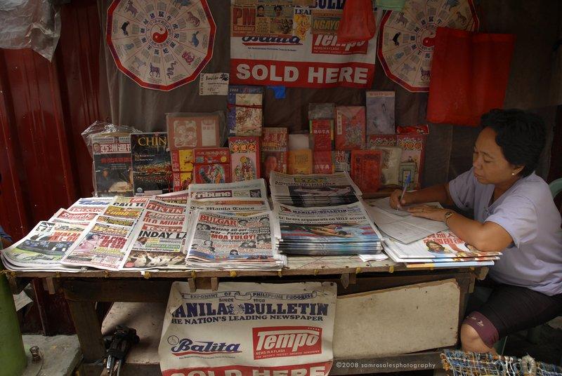 Newpaper Vendor
