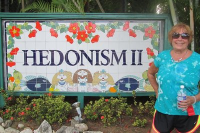 Entrance sign to Hedo