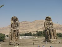 Colossi_of_Memnon.jpg