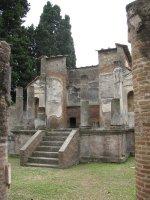 Pompei_temple.jpg