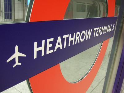 heathrow_t.._5_sign.jpg